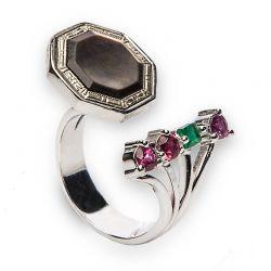 Anel de prata com esmeralda e rubis